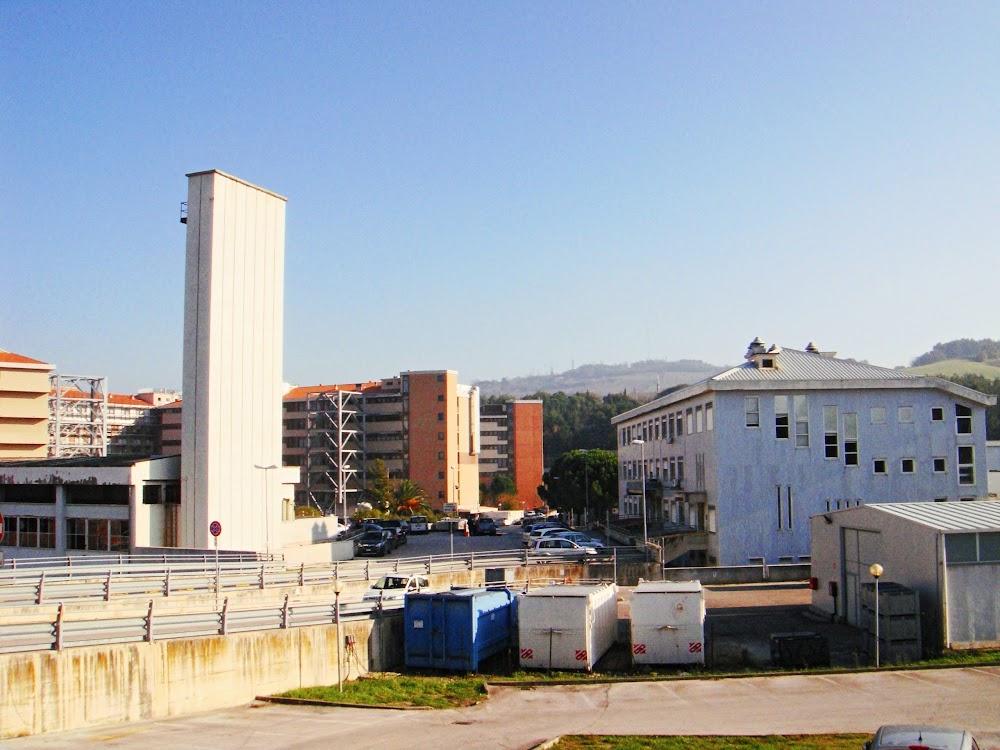 Azienda Ospedaliera Universitaria Ospedali Riuniti Ancona Umberto I°-G.M. Lancisi-G. Salesi