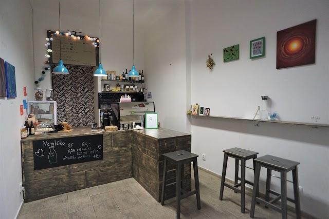 Momo Veg café