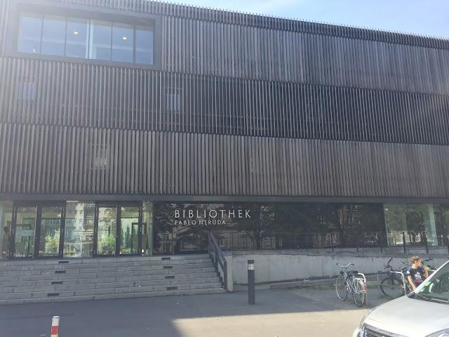"Bezirkszentralbibliothek Frankfurter Allee ""Pablo-Neruda-Bibliothek"""