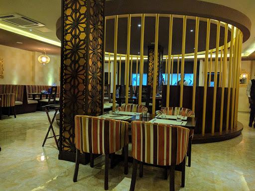 Fusion Restaurant / Aer Bar