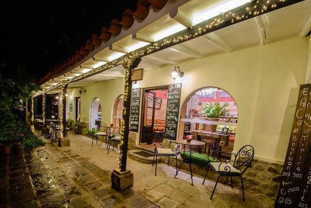 Yucay Plaza
