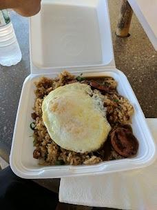 808 Grindz Cafe maui hawaii
