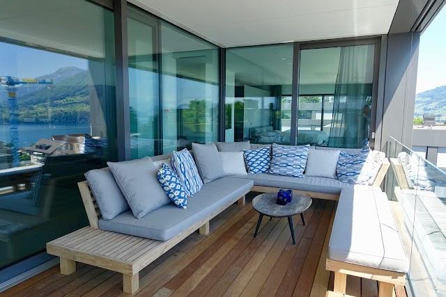LIVINGDREAMS Hauptgeschäft & Showgarten for Custom made furniture & weatherproof cushions