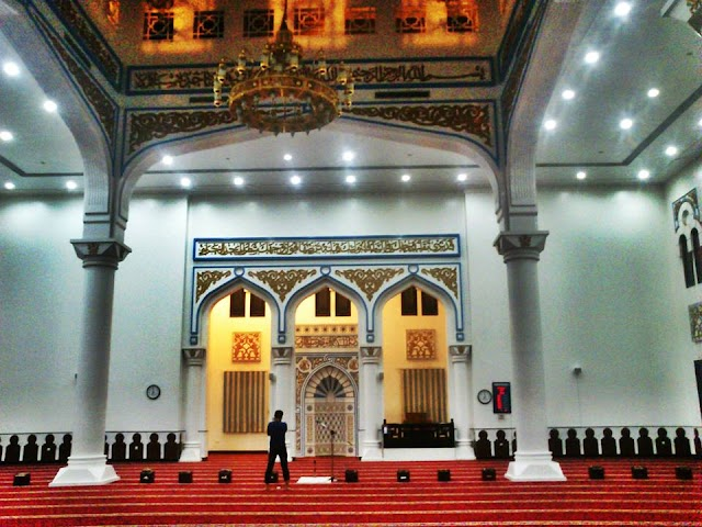 Nasser Rashed Lootah Masjid