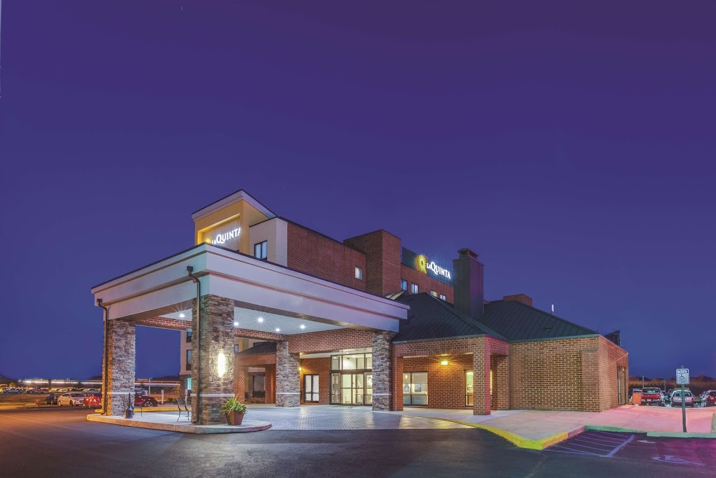 La Quinta Inn and Suites Philadelphia Airport