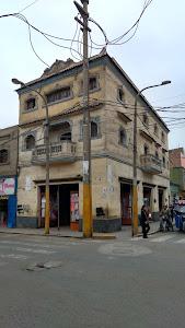 Edificio Julio Vílchez López e hijas 0