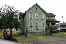 Kurt Cobain Memorial Park, Aberdeen, United States