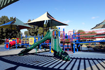 Tewinkle Park, Costa Mesa, United States