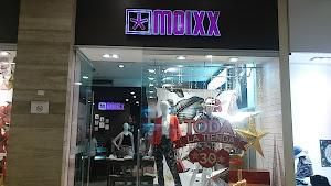 Moixx Mall Aventura Plaza 4