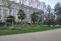 Square Boucicaut, Paris, France