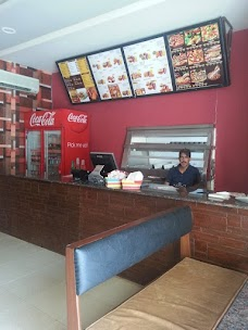 Amigos Fast Food rawalpindi