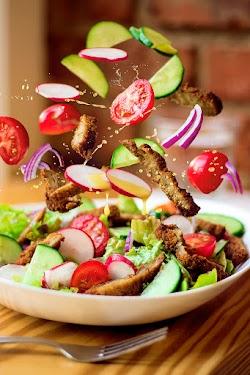 Lia's Kitchen - 100% Vegan