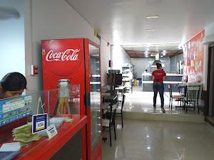 La Central Restaurante Polleria 4