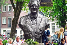 Johnny Jordaanplein / Beeld Johnny Jordaan, Amsterdam, The Netherlands