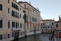Il Forcolaio Matto, Venice, Italy