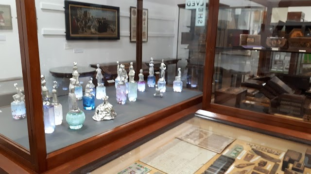 Tunbridge Wells Museum and Art Gallery