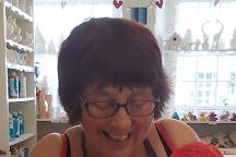 Going Pottie & Jaggedy Thistle, Dunkeld, United Kingdom