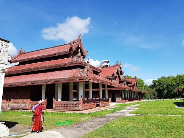 Myanansankyaw The Royal Palace