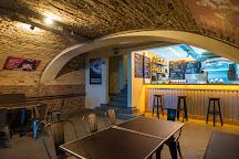 Humbak Klub, Budapest, Hungary