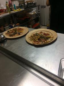 Pizzeria DI NONNO 8