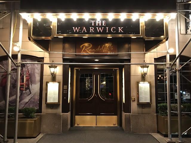 Randolph's Bar & Lounge