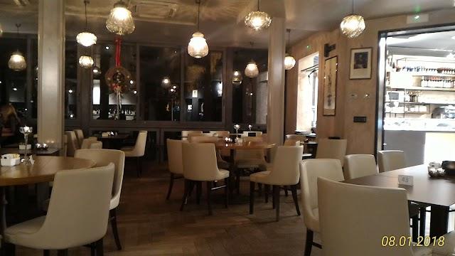 Flos Cafe & Bistrot