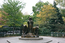 Group of Bears Statue, New York City, United States