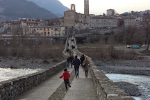 Ponte Vecchio (Ponte Gobbo - Ponte del Diavolo), Bobbio, Italy