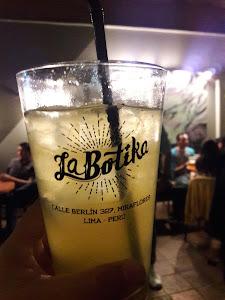 La Botika Bar 6