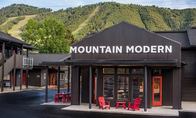 MMM Cafe