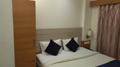 Hotel Ashray Inn
