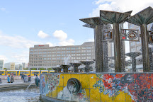 Brunnen der Volkerfreundschaft, Berlin, Germany