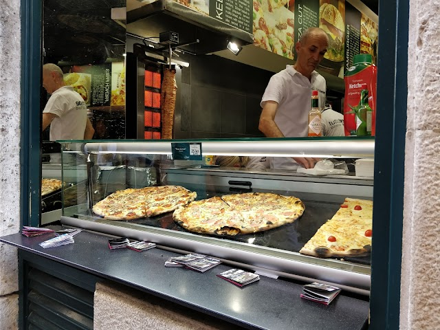 Tutto Bene (Pizzeria fast food)