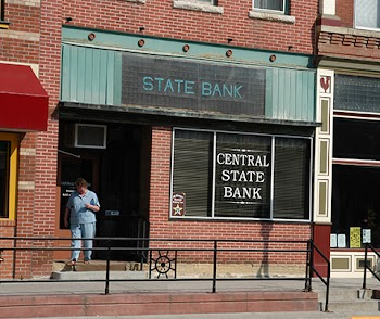Central State Bank Payday Loans Picture