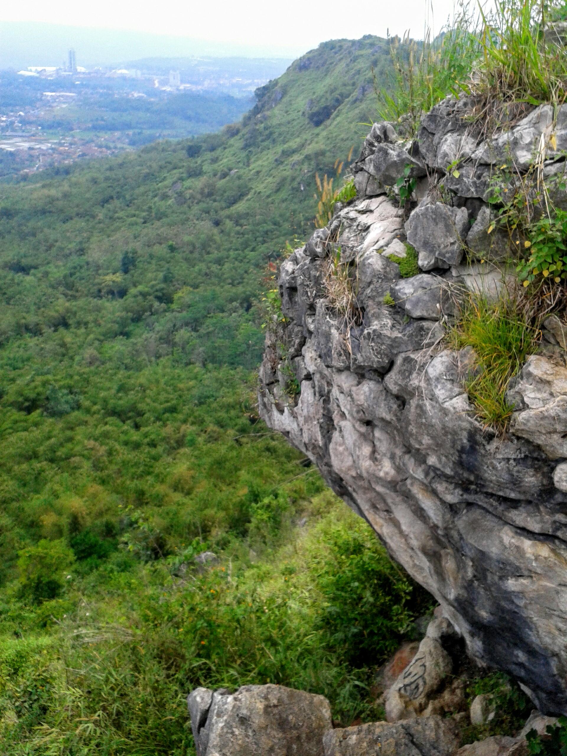 Gunung Karang Numpang