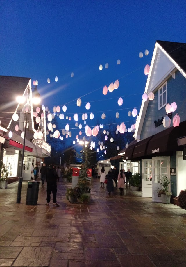 BICESTER SHOPPING