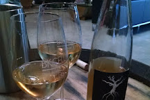 BK Cellars Urban Winery & Tasting Lounge, Escondido, United States