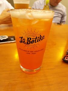 La Botika Bar 3