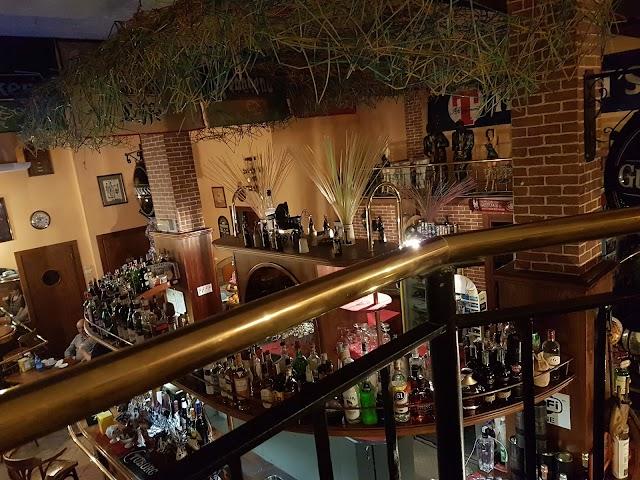 Lion's Pub