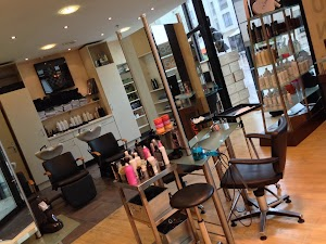 Coiffeur Angers - Style & Me by Airaud