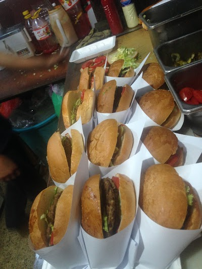 Hashemi Burger