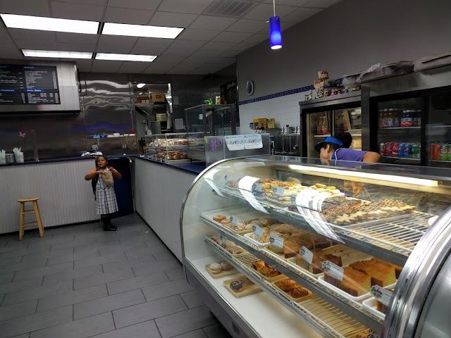 Pitusa Bakery