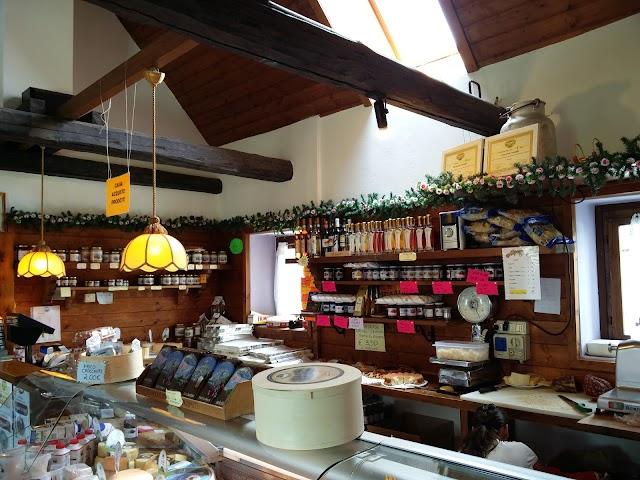 Centro Caseario e Agrituristico Tambre Spert Cansiglio - Bar Bianco