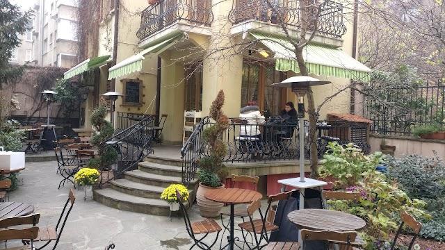 Kafe-Sladkarnitsa