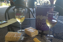 Mystique Winery & Vineyard, Lynnville, United States