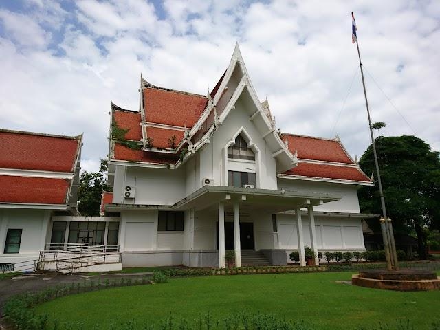 The Kamphaeng Phet National Museum