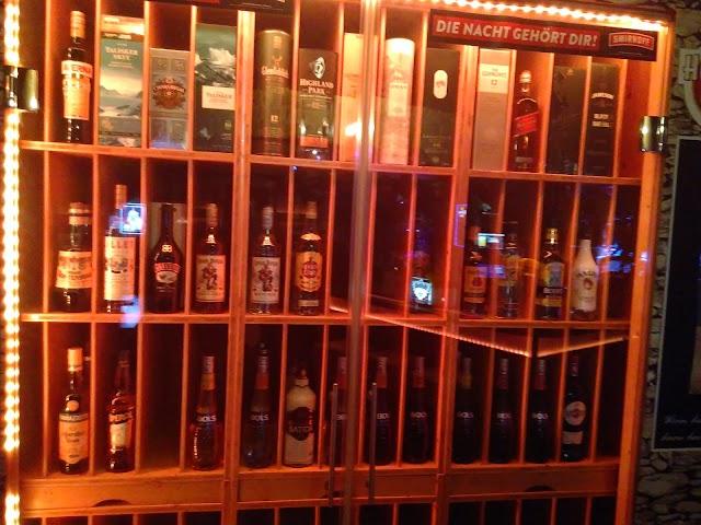 Feivel's Bar