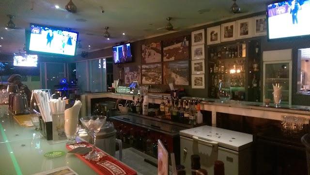 South 7 Bar & Grill