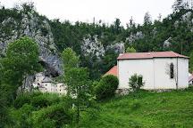 Cerkev Zalostne Matere bozje, Predjama, Slovenia