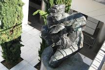 Sculpture Les Hommes de la Cite, La Defense, France